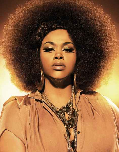 Jill Scott looking like the original Nubian Queen