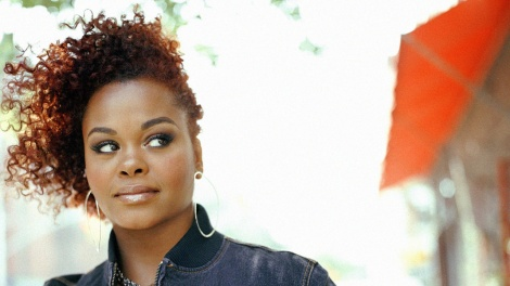This is one of my Favourite Jill Scott Looks. Effortlessly Nubian.