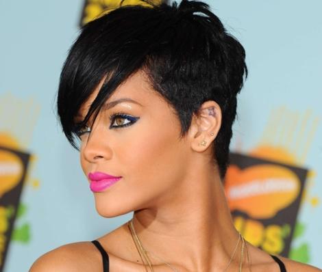 Fuchsia lips on Rihanna's Skin deserves a 10/10! The short pixie crop around the ear is a nice look!