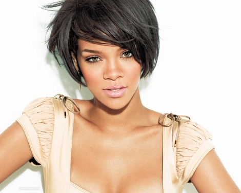 An older Picture of Rihanna looked as beautiful then as she looks now