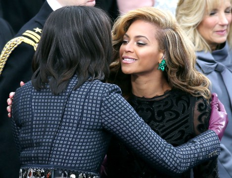 Beyonce meets the First Lady (lucky Beyonce!)